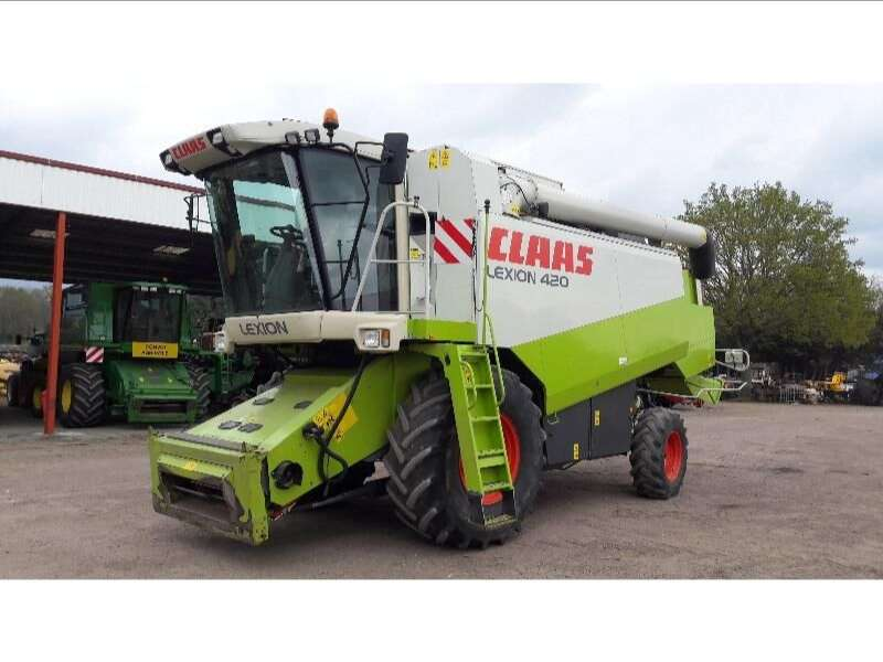 Moissonneuse-batteuse CLAAS MOISS - BATT CLAAS LEXION 420
