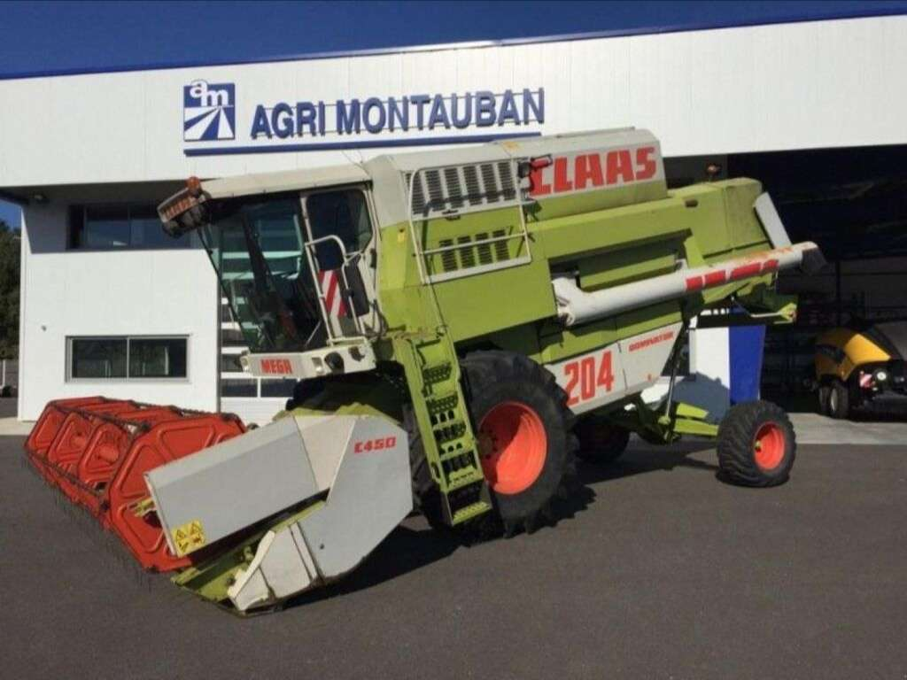 Moissonneuse-batteuse CLAAS MEGA 204 DOMINATOR