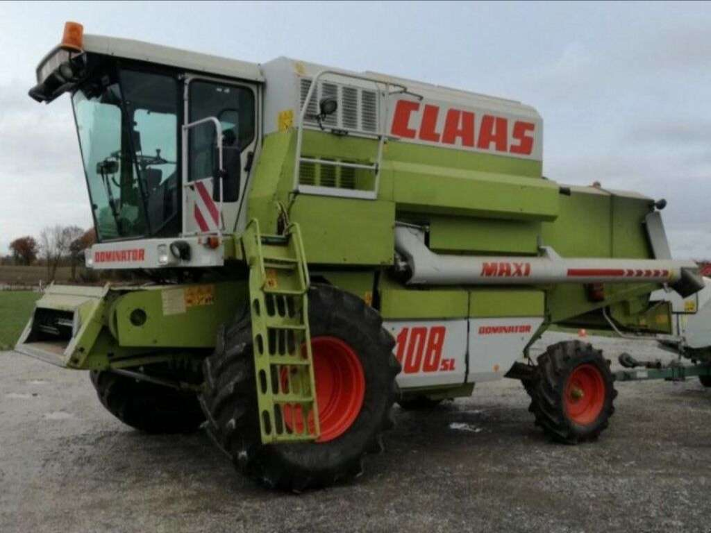 Moissonneuse-batteuse CLAAS 108SL